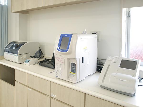 迅速血液検査機 - 山田ファミリークリニック - 扶桑町 - 内科 ...